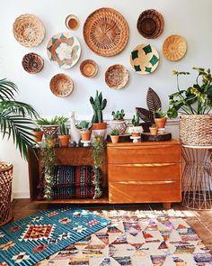 Bohemian Theme, Décor Boho, Boho Decor, Bohemian Style, Home Furnishing Stores, Home Furnishings, Mur Diy, Deco Boheme Chic, Inexpensive Home Decor