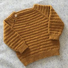 Ravelry: Light And Warm Blouse pattern by PixenDk Knitting For Kids, Baby Knitting Patterns, Crochet For Kids, Knit Crochet, Newborn Crochet, Boys Sweaters, How To Purl Knit, Crochet Hook Sizes, Blouse Patterns