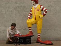 Imagem de http://www.hypeness.com.br/wp-content/uploads/2013/10/Banksy_interna.jpg.
