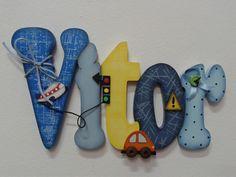 * Decore o quarto de seus filhos com lindas letras personalizadas * <br> <br>MDF de 6mm de espessura. <br>Incluso: espuma dupla face p/ fixação. <br>Para porta ou parede com 14 altura x proporcional ao nome. <br> <br>VALOR POR LETRA, primeira letra com 14 altura. <br> <br>Atenção: A decoração fica a sua escolha.