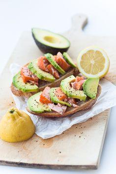 Zum Mitnehmen bitte: Schneller Avocado-Lachs-Sandwich