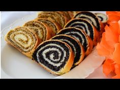 Gyors rétes: Nincs várakozás azonnali sütésre - YouTube Strudel Recipes, Bread Recipes, Cooking Recipes, Kolachi Recipe, Wine Recipes, Dessert Recipes, Bosnian Recipes, Kolaci I Torte, Sushi