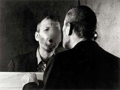 Dieter Appelt - autoportrait au miroir - 1978 - BNF - Portraits/Visages