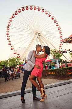 Couple Takes Over the City with Chicago-Inspired E-Session