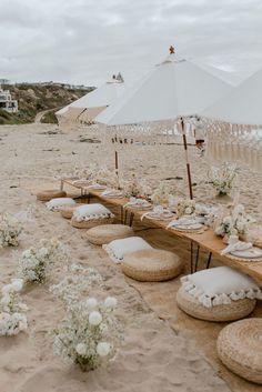 Picnic Bridal Showers, Beach Picnic, Amazing Spaces, Plein Air, Event Decor, Wedding Events, Backyard, Boho, Picnic Parties