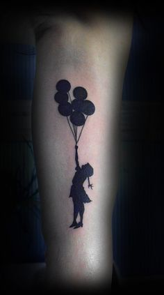 This would cover the  small symbol on my ribs perfectly, want!!!!!