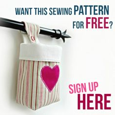 Hanging storage basket with free pattern to make a small hanging basket. Learn to sew with this easy sewing project - grab the free pattern now! Easy Sewing Projects, Sewing Projects For Beginners, Sewing Hacks, Sewing Tutorials, Sewing Crafts, Felt Projects, Sewing Tips, Bandana Bib Pattern, Pouch Pattern