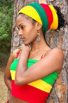 Beautiful Rasta headwrap and matching top in red, green and gold. #Rastafarian #Dreadlocks woman.