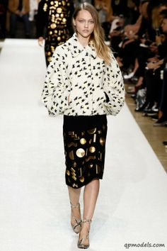 Paris Fashion Week: Chloe Fall/Winter 2014 - http://qpmodels.com/interesting/6400-paris-fashion-week-chloe-fall-winter-2014.html