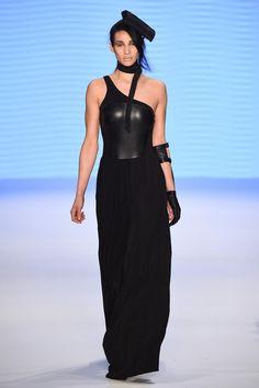 Tuba Ergin Runway - Mercedes-Benz Fashion Week Istanbul Autumn/Winter 2016