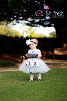 ALICE IN WONDERLAND dress baby 1st by loverdoversclothing on Etsy, $55.00 ?diy