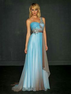 Shop for Madison James designer prom dresses at Simply Dresses. Long formal evening gowns, pageant and prom dresses, and cocktail party dresses. Designer Prom Dresses, Designer Gowns, Ball Dresses, Ball Gowns, Traje A Rigor, Inexpensive Prom Dresses, Strapless Dress Formal, Formal Dresses, Peach Dresses