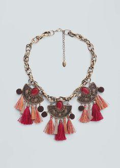 http://shop.mango.com/ES-ca/p0/dona/accessoris/bijuteria/collars/collar-borla-cadena/?id=63057556_70&n=1 ☆ https://es.pinterest.com/iolandapujol/pins/ ☆ @iola_pujol/