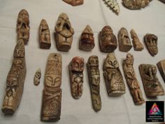 Alien Artifacts, Ancient Artefacts, Crop Circles, Ancient Mysteries, Dance Poses, Ancient Architecture, Ancient Aliens, Sculptures, Congo