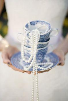 Alice in Wonderland Wedding Party Ideas-06