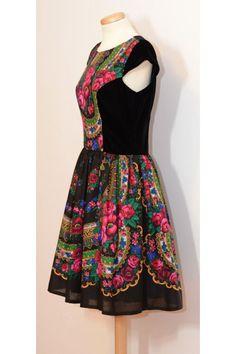 Black flower Dress Folk flower Dress Russian print by YesADress
