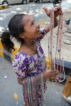 "India: ""Little Jewelry Seller"""