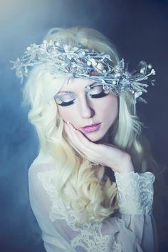 April Albaugh – No Winter Lasts Forever Photographer: April Albaugh Makeup: Katrina King Model: Angelica Georgiles