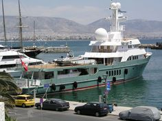 Expedition Yachts... - YachtForums.Com