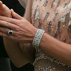 Kate's wedding band & Diana's ring