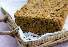Lavkarbo-brød – Berit Nordstrand Dairy Free Baking, Good Food, Yummy Food, Low Carb Bread, Bread Recipes, Banana Bread, Diabetes, Food And Drink, Healthy Recipes