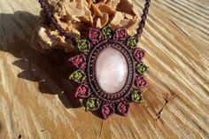 handmade macrame stone flowersun necklace with by ARTEAMANOetsy
