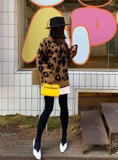 Korea Street Style, Hats, Fashion, Moda, Hat, Fashion Styles, Fashion Illustrations, Hipster Hat