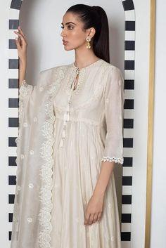 Sania Maskatiya - White Embroidered Long Peshwas - - Studio by TCS Pakistani Fashion Party Wear, Pakistani Fashion Casual, Pakistani Dresses Casual, Indian Fashion Dresses, Pakistani Dress Design, Indian Outfits, Pakistani Designer Clothes, Indian Designer Outfits, Pakistani Clothing