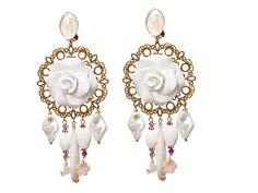 Boucles d'oreilles Clips Nacre et Rose blanche : Boucles d'oreille par l-ecrin-de-loula