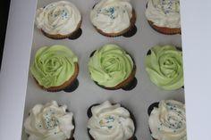 Cupcakes to accompany the pre-school grad cake