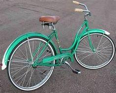 Vintage schwinn. I want this bike!!!