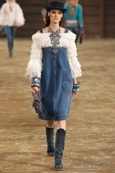 """Chanel Pre Fall 2014 Review 