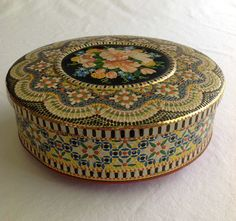Vintage Daher Round Floral Mosaic Tin MADE by CoolOldStuffIFound