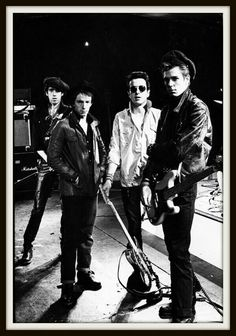'The Clash: London Calling' Exhibition at The Museum of London Beatles, The Future Is Unwritten, Paul Simonon, Mick Jones, Hip Hop, Alternative Rock, British Punk, Grunge, Johnny Rotten