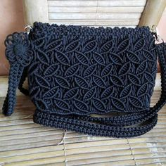 Hi friends I am going to share with you simple macrame tutorial of macrame purse / macrame bag. In this macrame design we show each and every details step by. Macrame Purse, Macrame Knots, Micro Macrame, Macrame Jewelry, Crochet Clutch Bags, Crochet Wallet, Crochet Handbags, Clutch Purse, Leather Embroidery