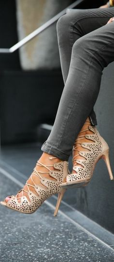 Elegant High Heels To Make You Walk In Style - Page 3 of 4 - Trend To Wear