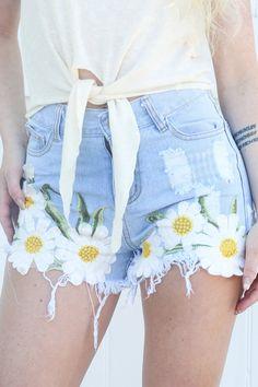 Daisy Shorts | Ooh La Luxe