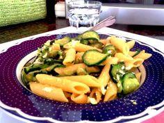 Pasta salad recipe with zucchini, mint, grana padano and saffron.