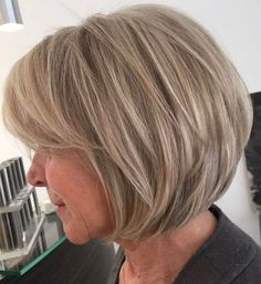 Dishwater Blonde Layered Bob Not quite ready to embrace your gray? No problem – the dirty blonde layered bob is one of those short haircuts for women over 60 that help you stay looking youthful and… Bob Haircuts For Women, Short Layered Haircuts, Modern Haircuts, Short Bob Hairstyles, Cool Hairstyles, Layered Bobs, Wedding Hairstyles, Hairstyle Men, Formal Hairstyles