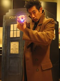 Grant Imahara. Doctor Who. Together. As One. I. Want. This. NOW.