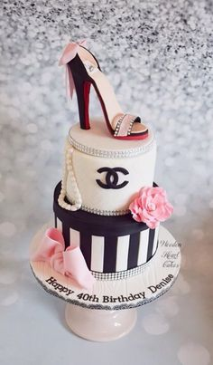 A Chanel cake with Louboutin shoe for Denise's… – Wooden Heart Cakes – Lace Wedding Cake Ideas 40th Cake, 40th Birthday Cakes, Birthday Cakes For Women, Happy Birthday, Girly Cakes, Fancy Cakes, Shoe Cakes, Cupcake Cakes, Purse Cakes
