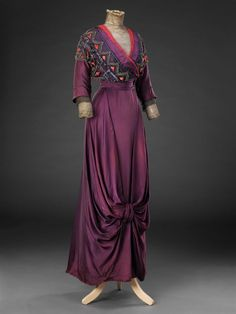 Шёлковое платье, ок. 1912 г. The John Bright Collection.