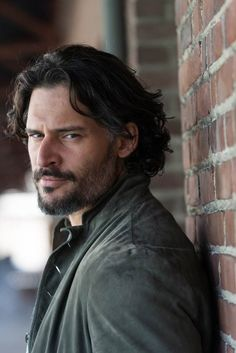 100-Best-Hairstyles-Long-Haircut--joe-Manganiello