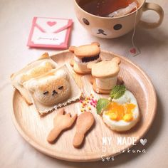 Who wants to have a Rilakkuma tea time like this one? Asian Recipes, Real Food Recipes, Dessert Recipes, Desserts, Cute Food, Good Food, Yummy Food, Kawaii Dessert, Food L