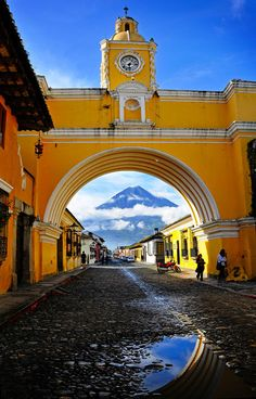 Colonial Architecture (Guatemala) 'Antigua Guatemala's colonial showpony is a riot of gorgeous cobblestoned streetscapes, crumbling ruins and noble churches.'