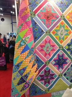 303 Best Tula Pink Quilts Images Pink Quilts Quilt Pattern