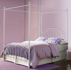 Lit à baldaquin en fer forgé modèle ELENA. Décoration Beltran, votre magasin online de lits à baldaquin pour la décoration de votre maison.