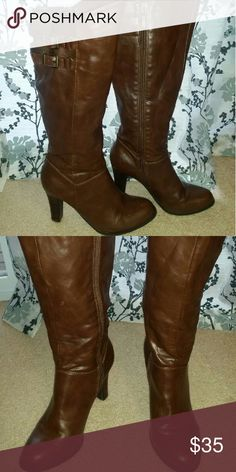 Guess Boots Dark brown boots that fall just below the knee. Only worm once or twice. Guess Shoes Heeled Boots