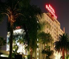 The Hollywood Roosevelt Hotel is located in Hollywood, a five minute walk to Hollywood Walk of Fame, Grauman's Chinese Theatre and El Capitan Theatre.