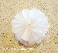 Step by step tutorial for making beautiful crepe paper flowers! Crepe Paper Flowers, Fabric Flowers, Flower Mirror, Fabric Flower Tutorial, Parchment Paper, Paper Crafts, Kara, Beautiful, Craft Ideas